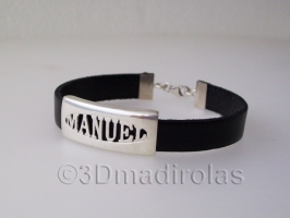 Silver and leather bracelet with a name.