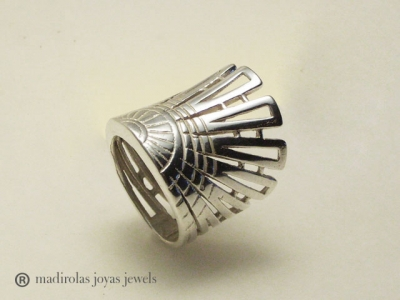 AZTEC Silver ring.