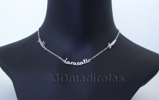 Silver chain with 3 NAMES.
