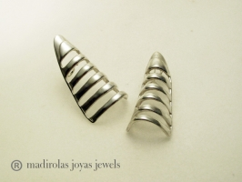 Buy modern silver earrings