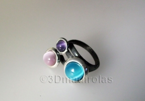 Sterling silver925 ring with 3 color stones.